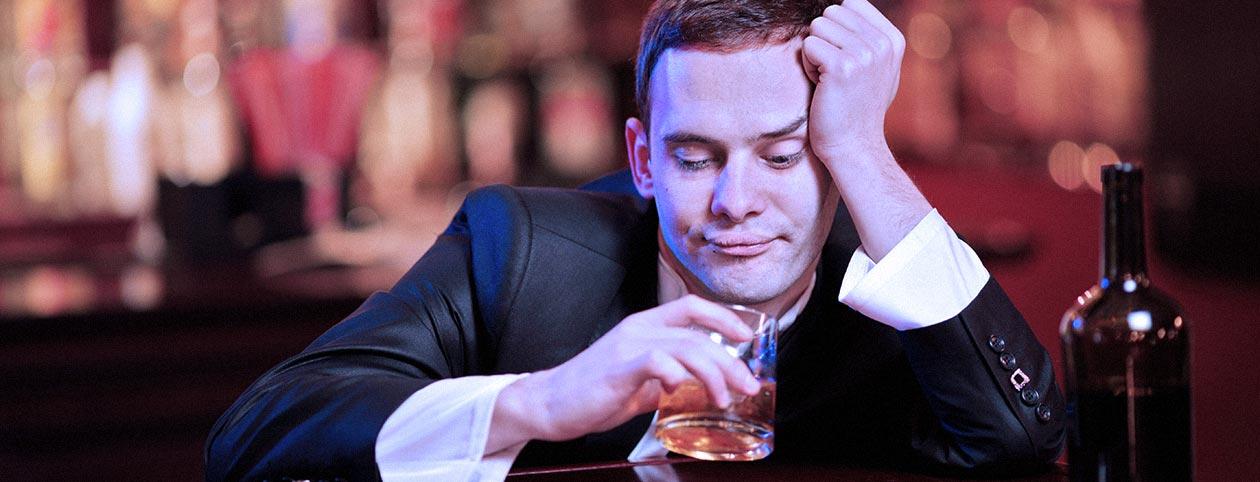 Man drinking may need alcohol rehab
