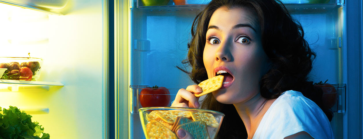 Woman trying to lose weight but always hungry