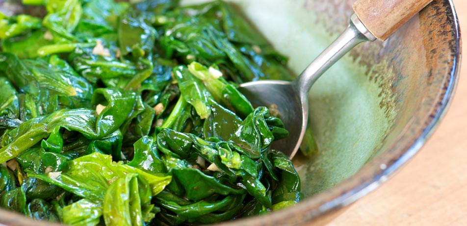 health-benefits-of-eating-spinach-cooked