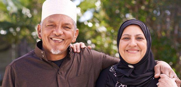 older-muslim-couple