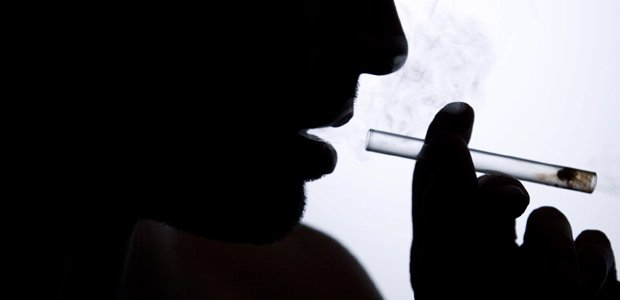 smoking-methamphetamine-addiction